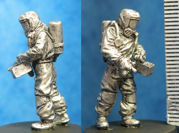 HFA096 Hazmat with Geiger Counter