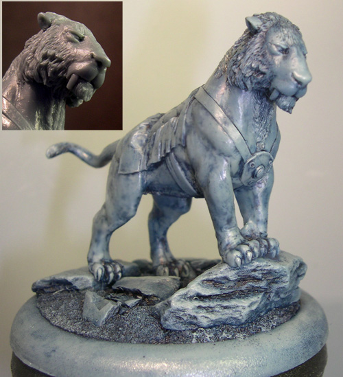 HFM031 Sabre-Toothed Tigress & Base (resin)